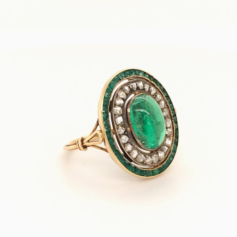 Oval Cut Antique Emerald and Diamond Ring in Yellow Gold For Sale