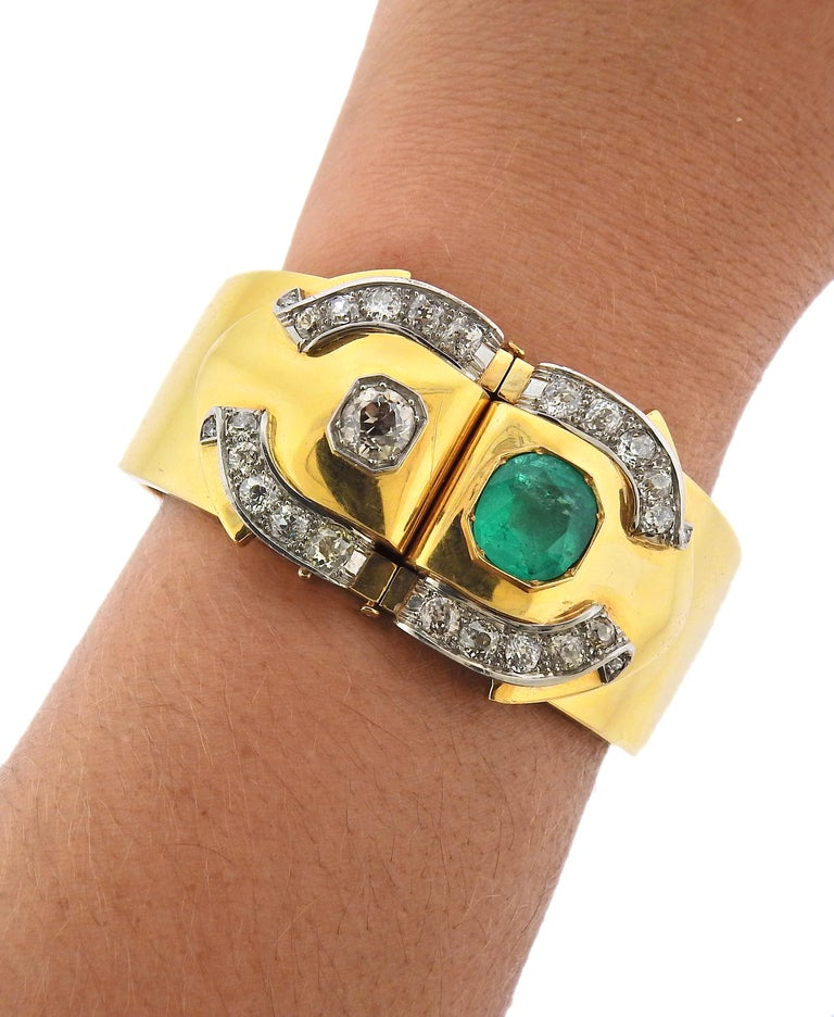 Women's Antique Emerald Diamond Gold Bangle Bracelet For Sale