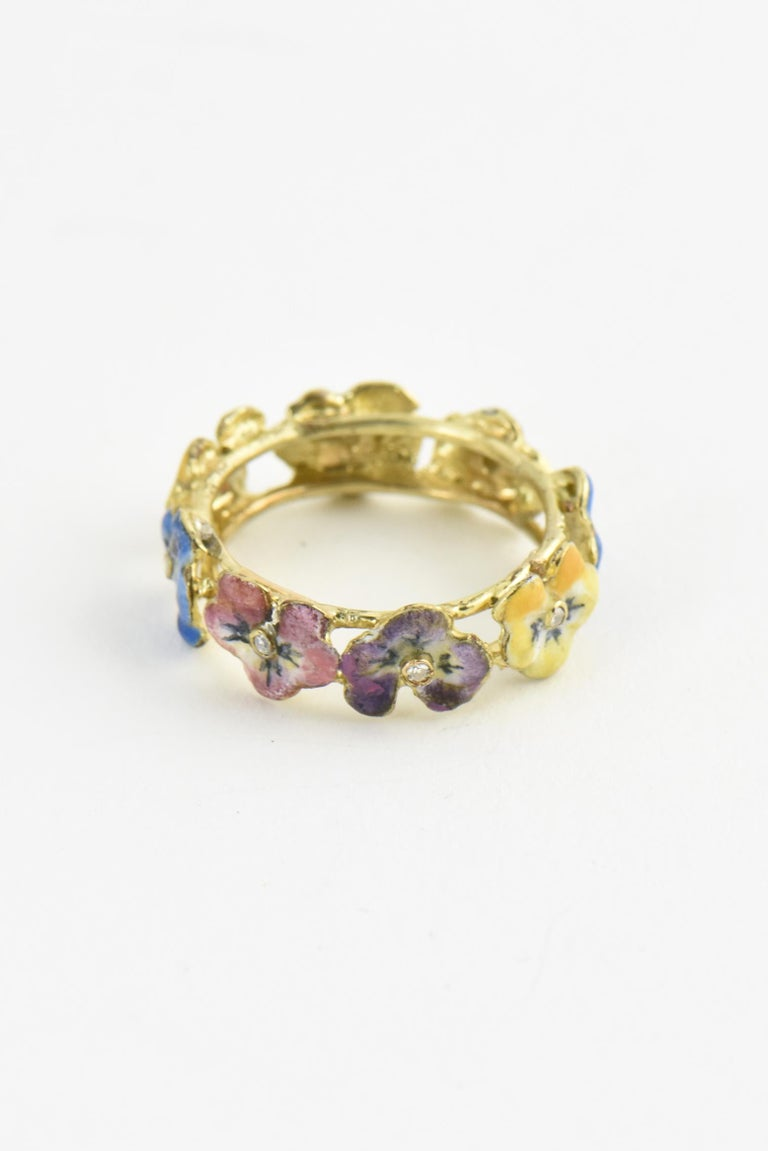 Antique Enamel and Diamond Yellow Gold Pansy Band Ring For Sale 2