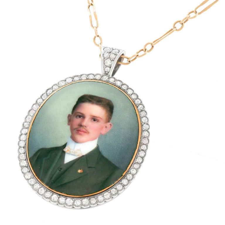 Antique Enameled Portrait Pin-Pendant In Excellent Condition For Sale In Litchfield, CT
