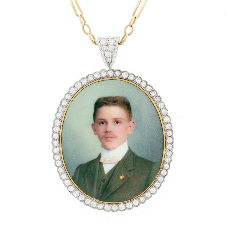 Antique Enameled Portrait Pin-Pendant For Sale 5