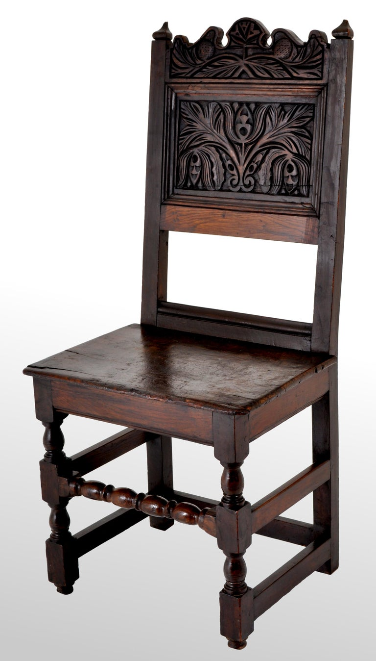 Hand-Carved Antique English 17th Century Jacobean Carved Oak Joined Chair, circa 1640 For Sale