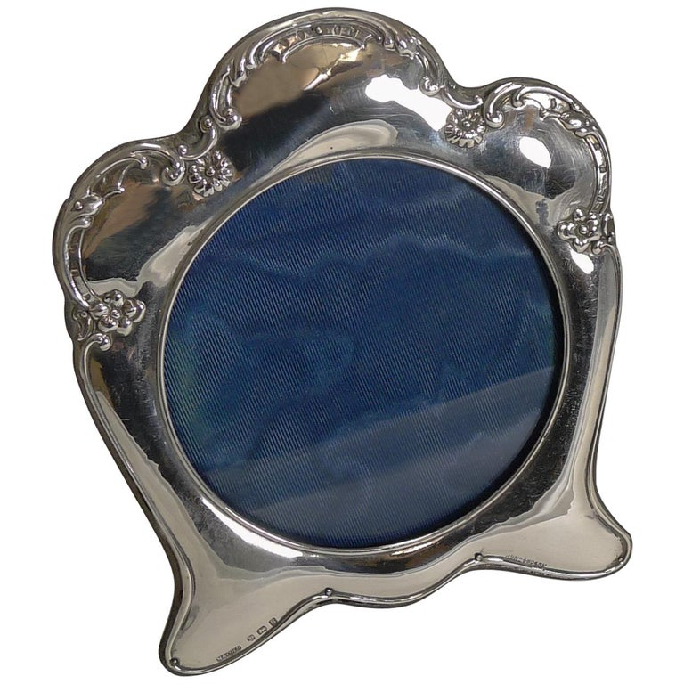 Antique English Art Nouveau Photograph Frame in Sterling Silver For Sale