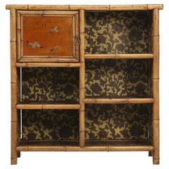 Antiker englischer Bambusschrank oder Bücherschrank
