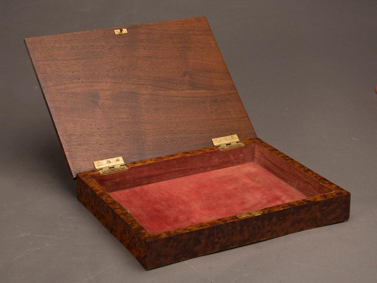 Arts and Crafts Antique English Burl Walnut Box from England, circa 1890 For Sale