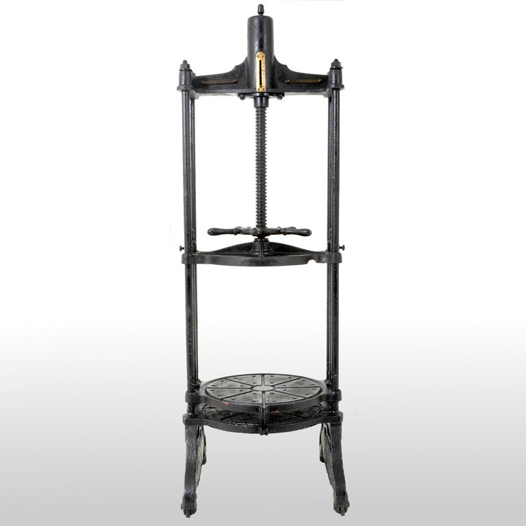 Industrial Antique English Cast Iron Cheese Press by Thomas Corbett of Shrewsbury, 1880 For Sale