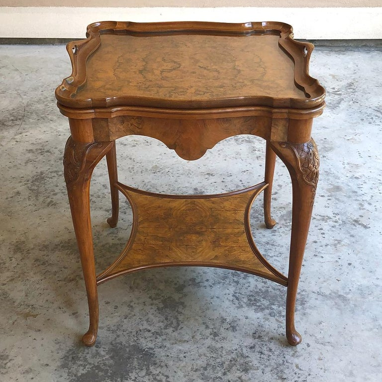 Antique English Chippendale Tea Table with Tray In Good Condition For Sale In Dallas, TX