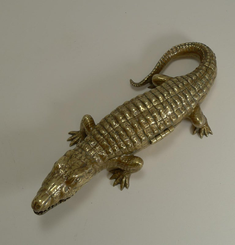Antique English Crocodile / Alligator Inkwell / Desk Tidy, circa 1880 For Sale 2
