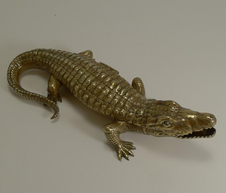 Antique English Crocodile / Alligator Inkwell / Desk Tidy, circa 1880 For Sale 3