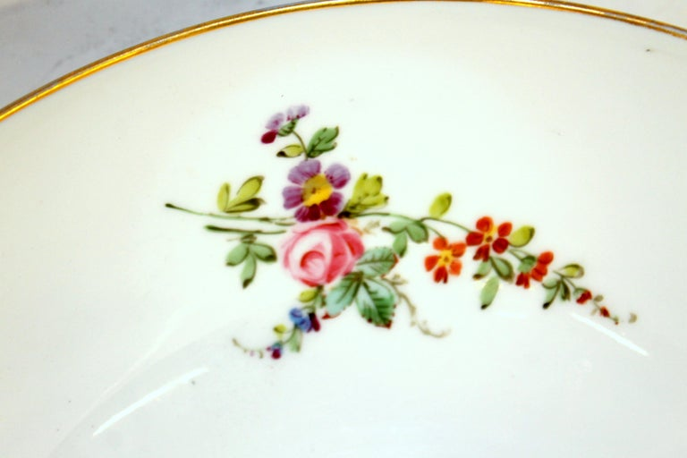 Antique English Derby Porcelain Hand-Painted Floral and Gilt Cobalt Round Bowl For Sale 8