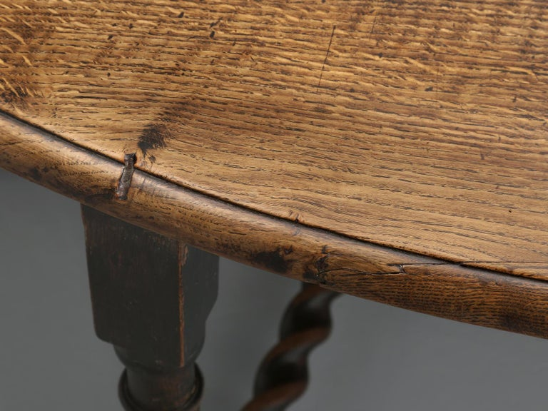 Antique English Double-Gate Leg Drop-Leaf Barley-Twist Dining Table in White Oak For Sale 1