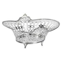 Antique English Edward VII Sterling Silver Fruit Bread Basket, London, 1909