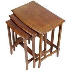 English Edwardian Nest of 3 Mahogany Tables Nesting Coffee Table, circa 1910