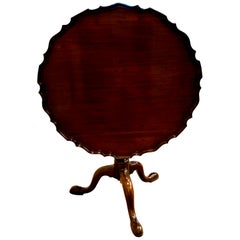 Antique English George III Mahogany Pie Crust Table