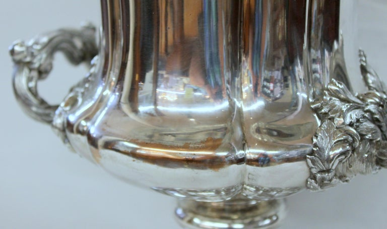 Antique English George III Sheffield Plate Campana Shape Wine Cooler In Good Condition For Sale In Charleston, SC