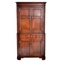 Antique English Georgian George III Oak Corner Cabinet, circa 1780