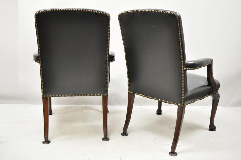 Antique English Georgian Style Dark Green Leather Library Office Chairs, a Pair For Sale 7