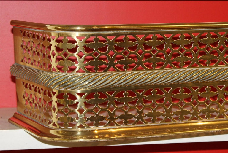 Antique English Georgian Style Pierced Brass Fireplace Fender with Rope Motif For Sale 2