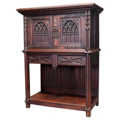 Antique English Gothic Heavily Carved Oak Court Cabinet, 19th Century