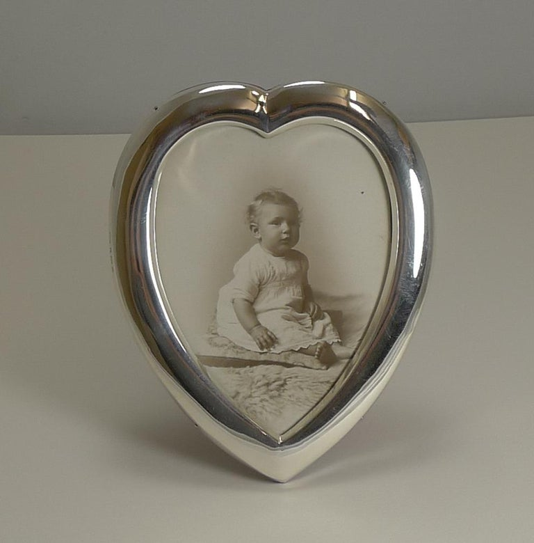 Antique English Heart Shaped Sterling Silver Photograph Frame, 1901 For Sale 1