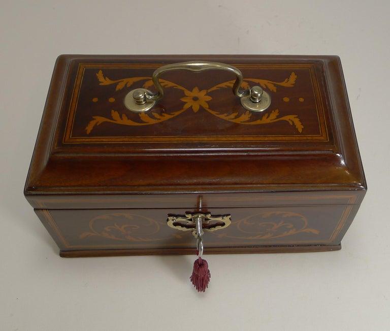 George III Antique English Inlaid Mahogany Tea Caddy, circa 1790 For Sale