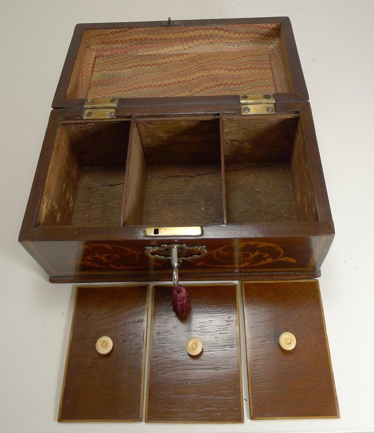 Antique English Inlaid Mahogany Tea Caddy, circa 1790 For Sale 2
