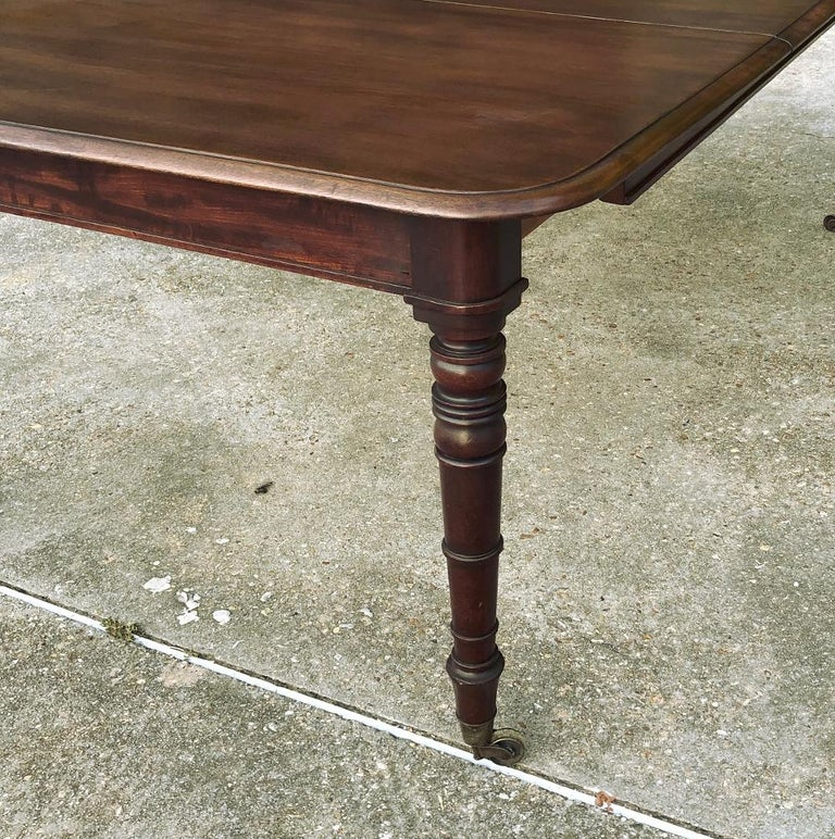 Antique English Mahogany Dining Table with Leaf For Sale 4
