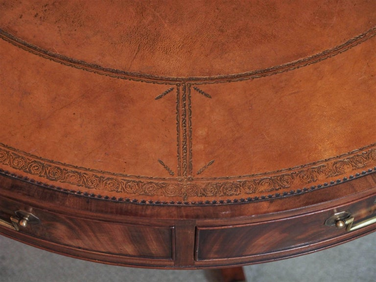 Antique English Mahogany Rent Table In Excellent Condition For Sale In New Orleans, LA