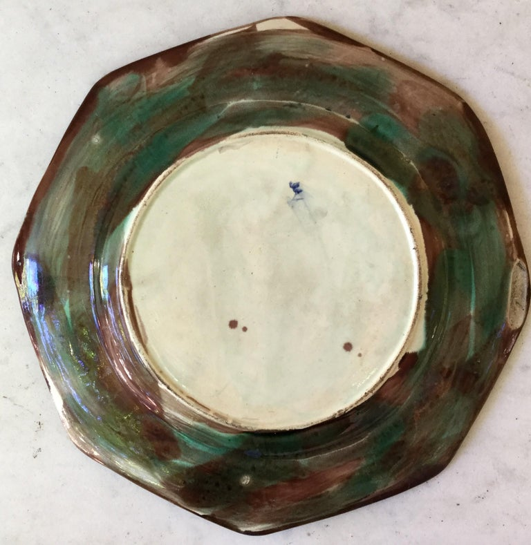 Antique English Majolica Plate Woman with Wheelbarrow, circa 1890 In Good Condition For Sale In The Hills, TX