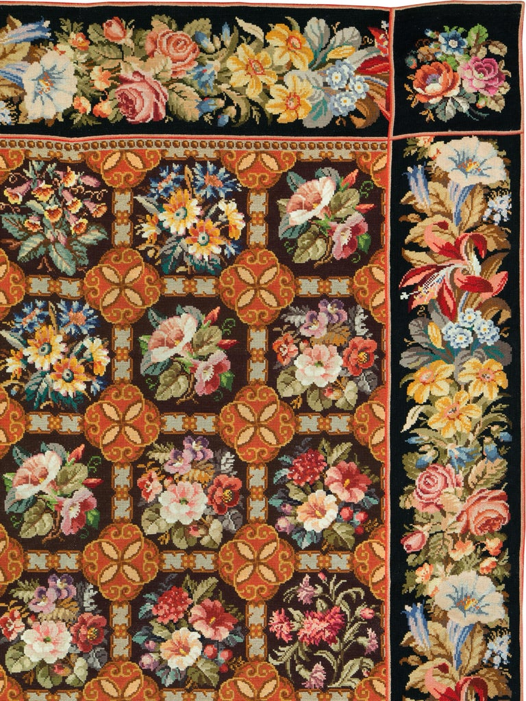 Antique English Needlepoint Carpet In Excellent Condition For Sale In New York, NY
