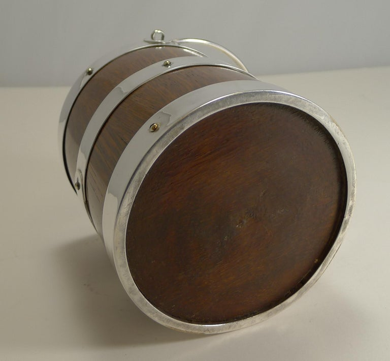 Antique English Oak and Silver Plate Biscuit Box / Ice Bucket, circa 1900 For Sale 2