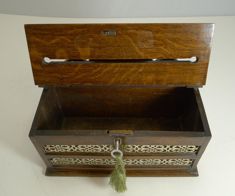 Antique English Oak and Brass Letters Box, circa 1890 For Sale 1