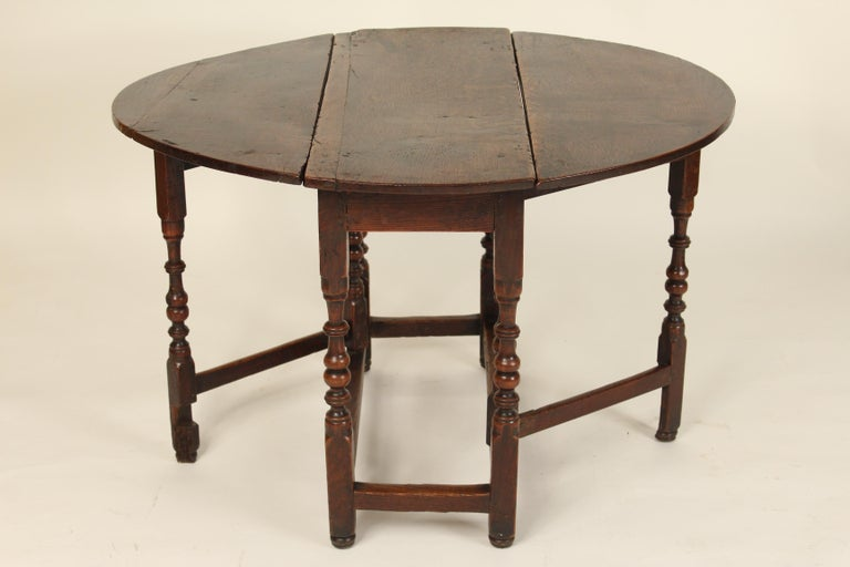 19th Century Antique English Oak Gate Leg Table For Sale