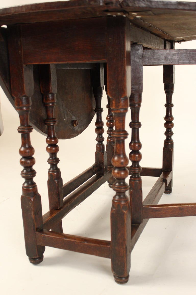 Antique English Oak Gate Leg Table For Sale 3