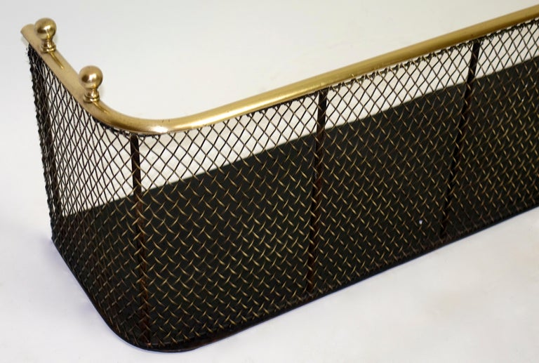 English Early 19th Century Brass and Iron Fire Fender For Sale