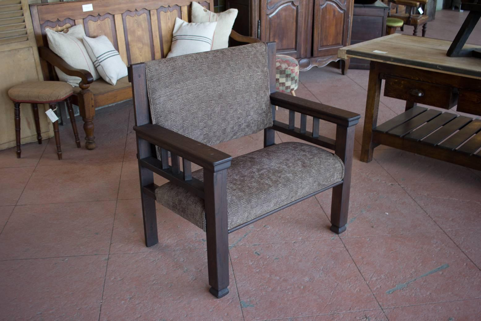 Antique Old English Upholstered Pub Chair.