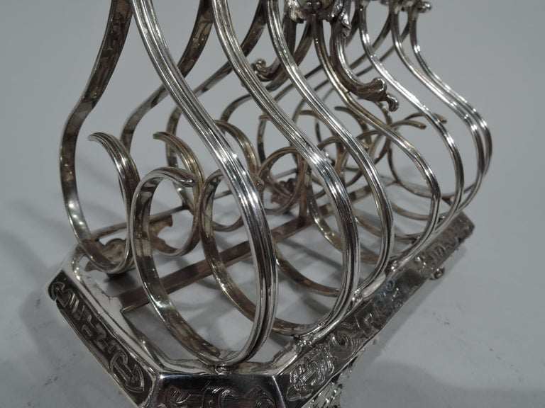 Antique English Regency Gothick Sterling Silver Toast Rack by Fox In Good Condition For Sale In New York, NY