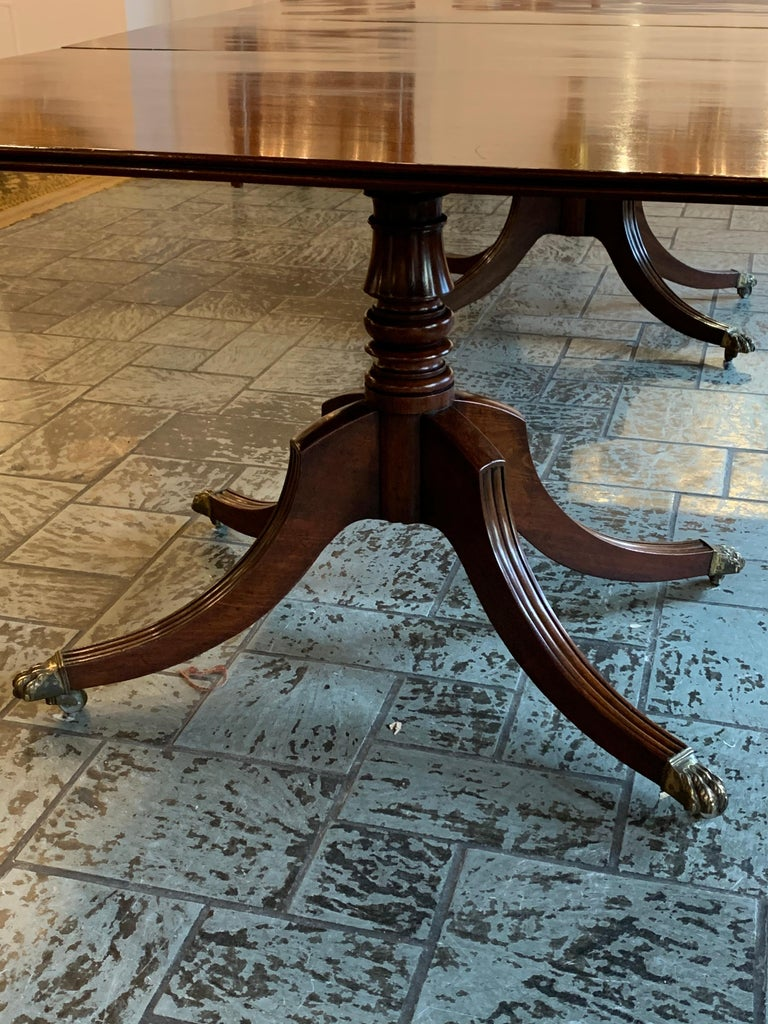 Antique English Regency Mahogany 2-Pedestal Dining Table In Good Condition In New Orleans, LA