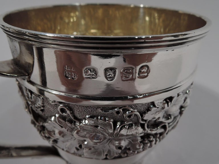 Antique English Regency Sterling Silver Baby Cup by Emes & Barnard For Sale 2