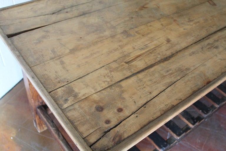 Antique English Silk Cutting Table In Distressed Condition For Sale In Scottsdale, AZ