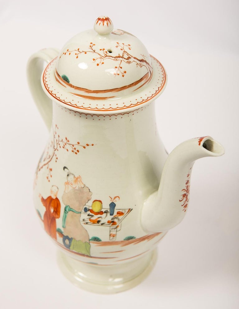 Antique English Soft Paste Porcelain Liverpool Coffee Pot, 18th Century In Good Condition For Sale In Katonah, NY