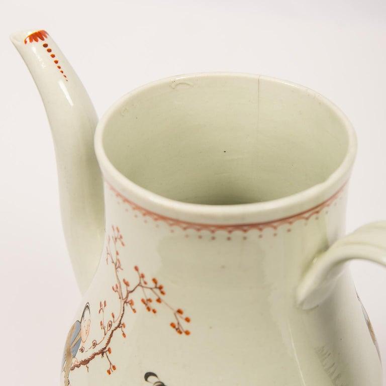 Antique English Soft Paste Porcelain Liverpool Coffee Pot, 18th Century For Sale 3