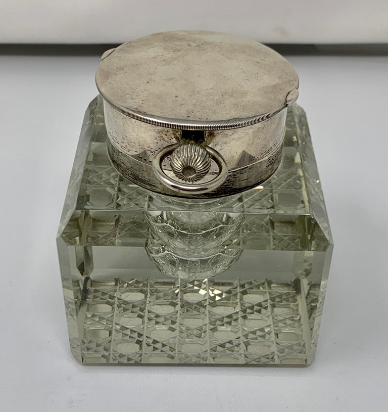 Antique English Sterling Silver and Cut Crystal Watch-Clock Inkwell, Circa 1910 In Good Condition For Sale In New Orleans, LA