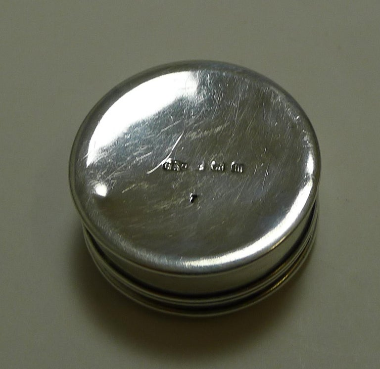 Antique English Sterling Silver and Guilloche Enamel Pill Box, 1911 For Sale 3