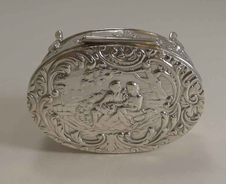 Edwardian Antique, English Sterling Silver Figural Jewellery/Trinket Box, 1905 For Sale