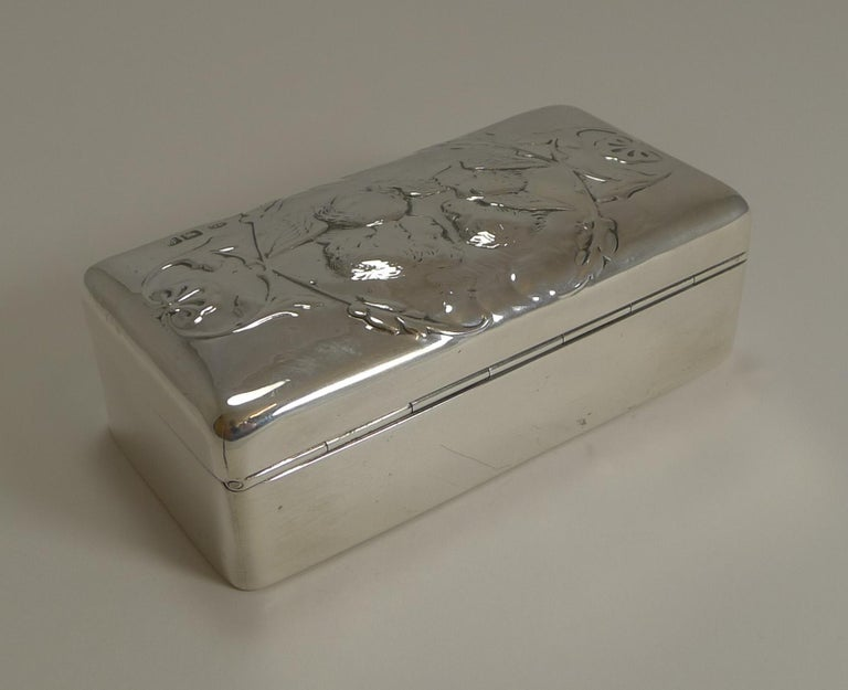 Antique English Sterling Silver Jewellery Box, Reynold's Angels, 1901 In Excellent Condition For Sale In London, GB