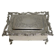 Antique English Sterling Silver Jewelry / Ring Box, 1906