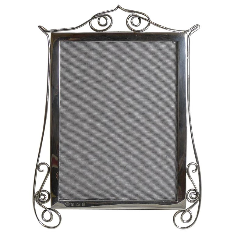 Antique English Sterling Silver Photograph / Picture Frame, 1904 For Sale