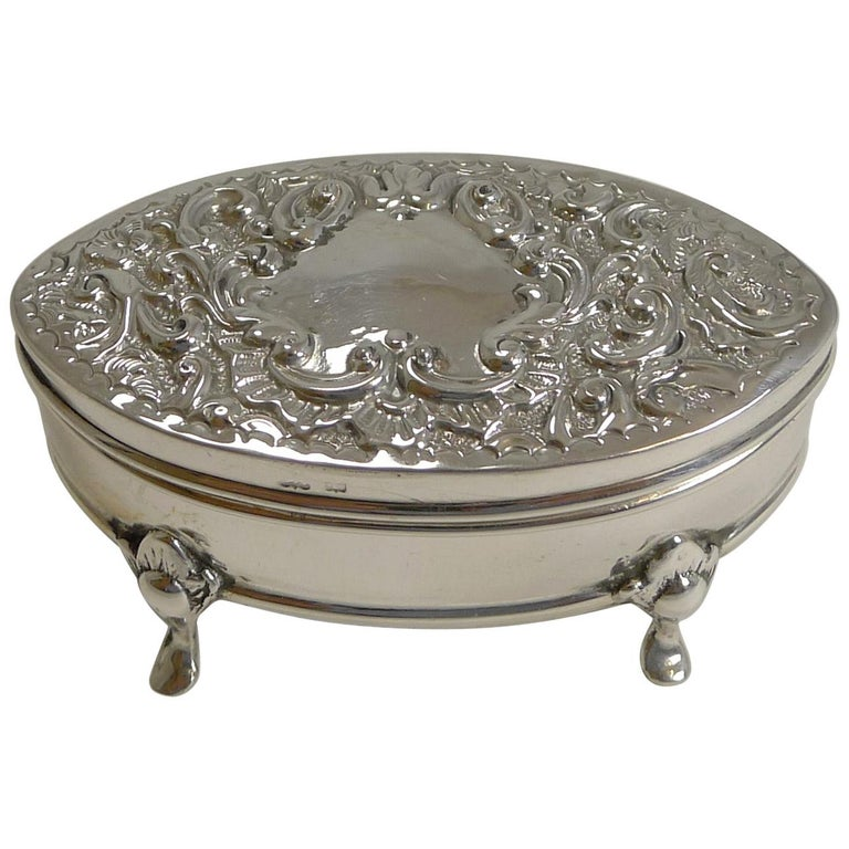 Antique English Sterling Silver Ring Box, 1905 For Sale