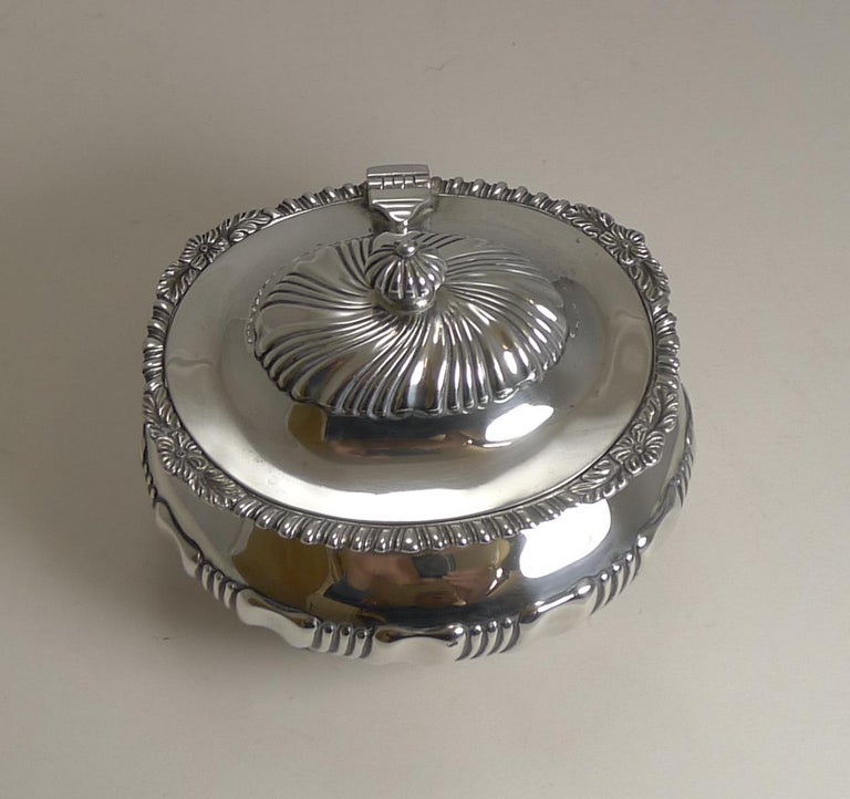 Edwardian Antique English Sterling Silver Tea Caddy, London, 1909 For Sale